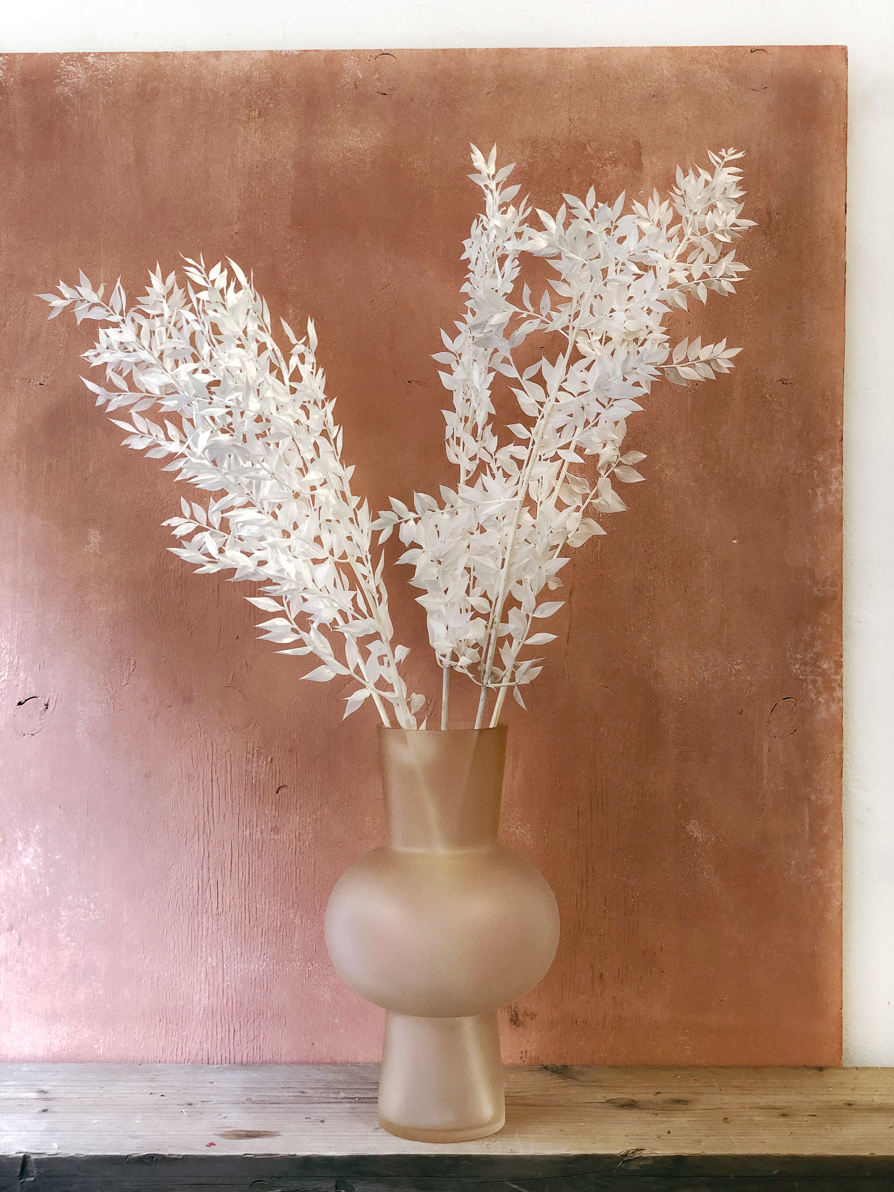 Bleached ruscus