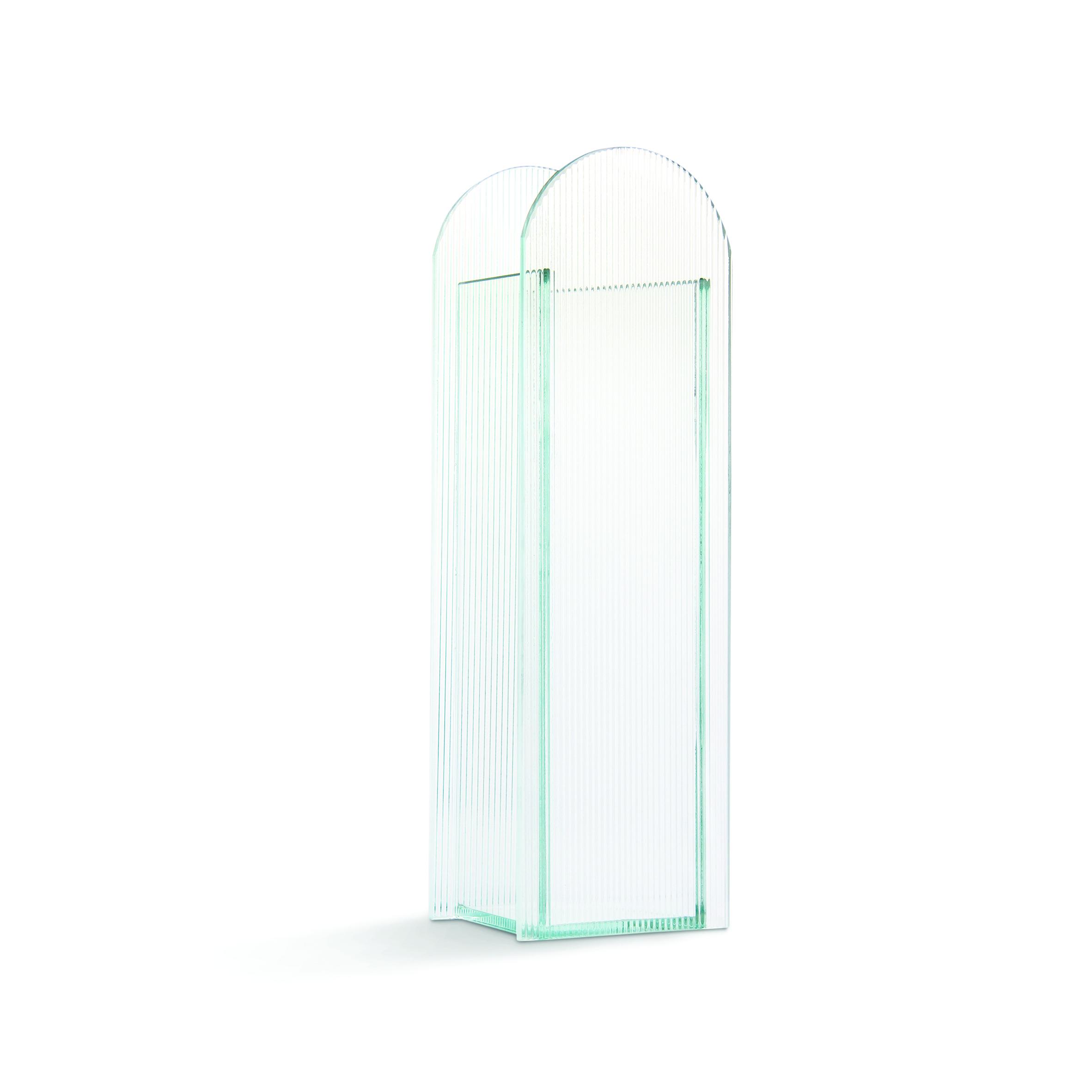 Arch riffle vase