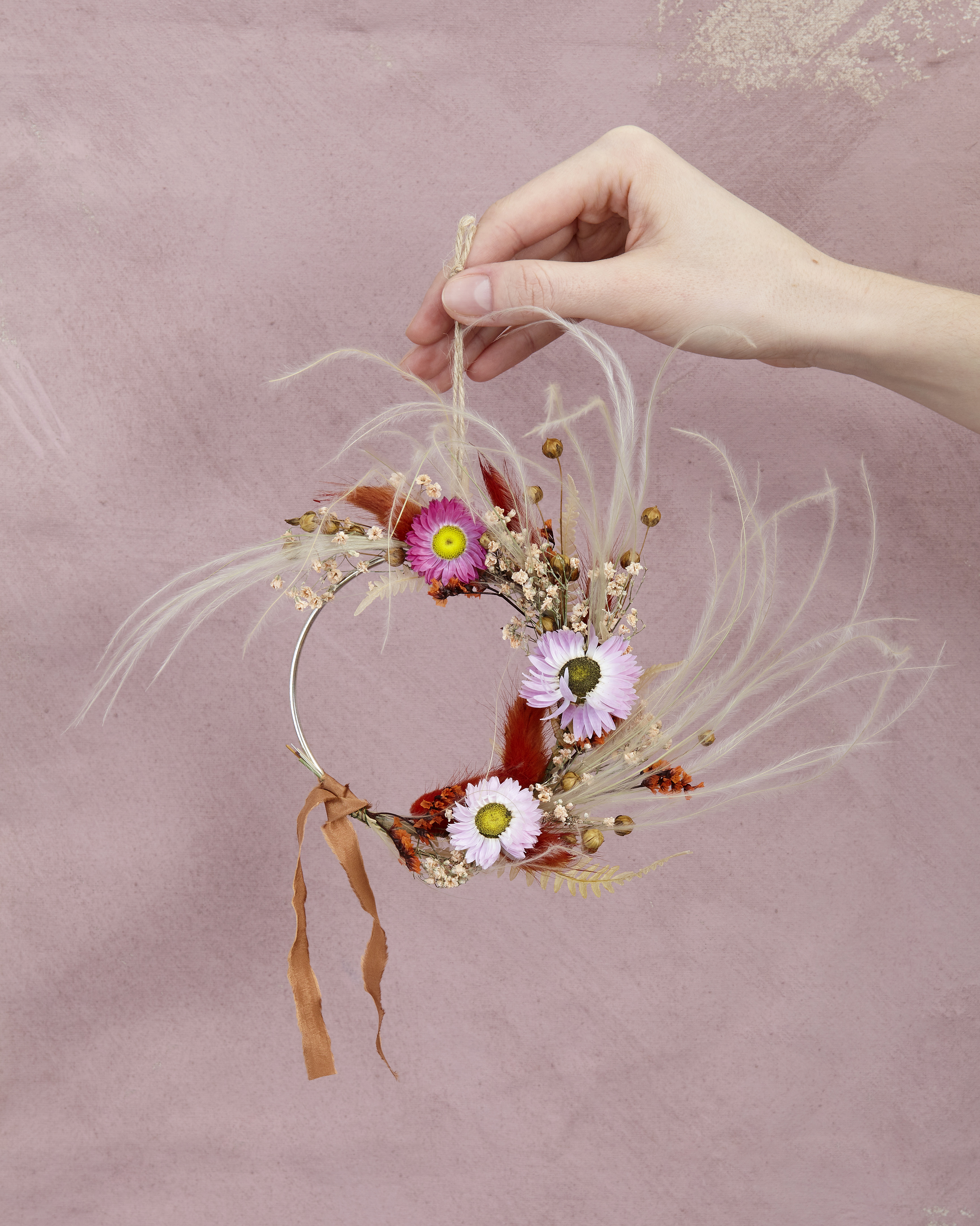 Mini colourful wreath with silk ribbon