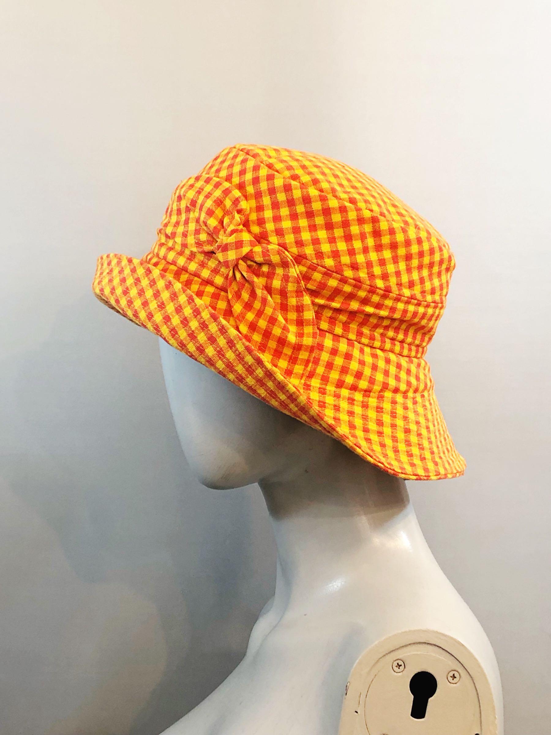 Orange checks