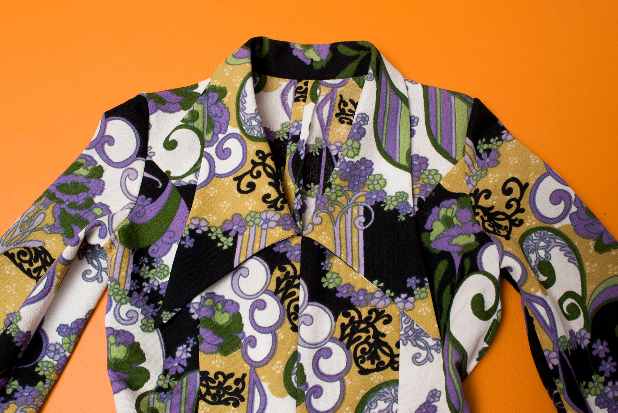 1970's Floral Print Dress with Killer Collar