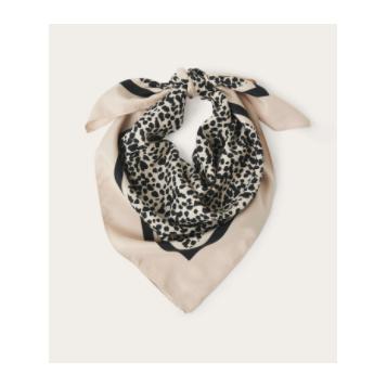 Part Two - huivi - vaalea leopardi