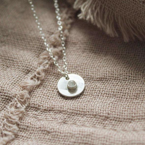 """Full moon necklace 18"""""""
