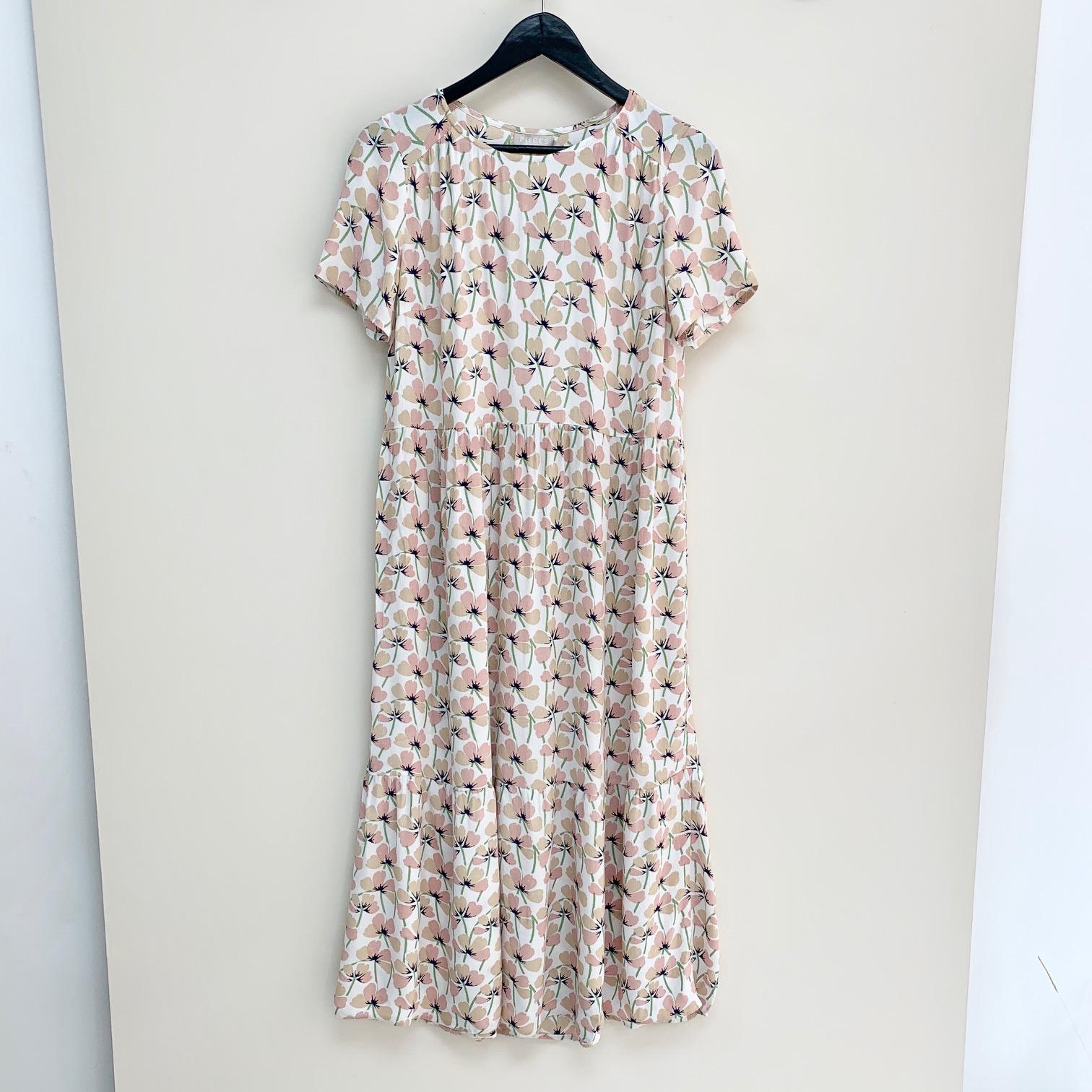 Viva Misty Rose Floral Dress