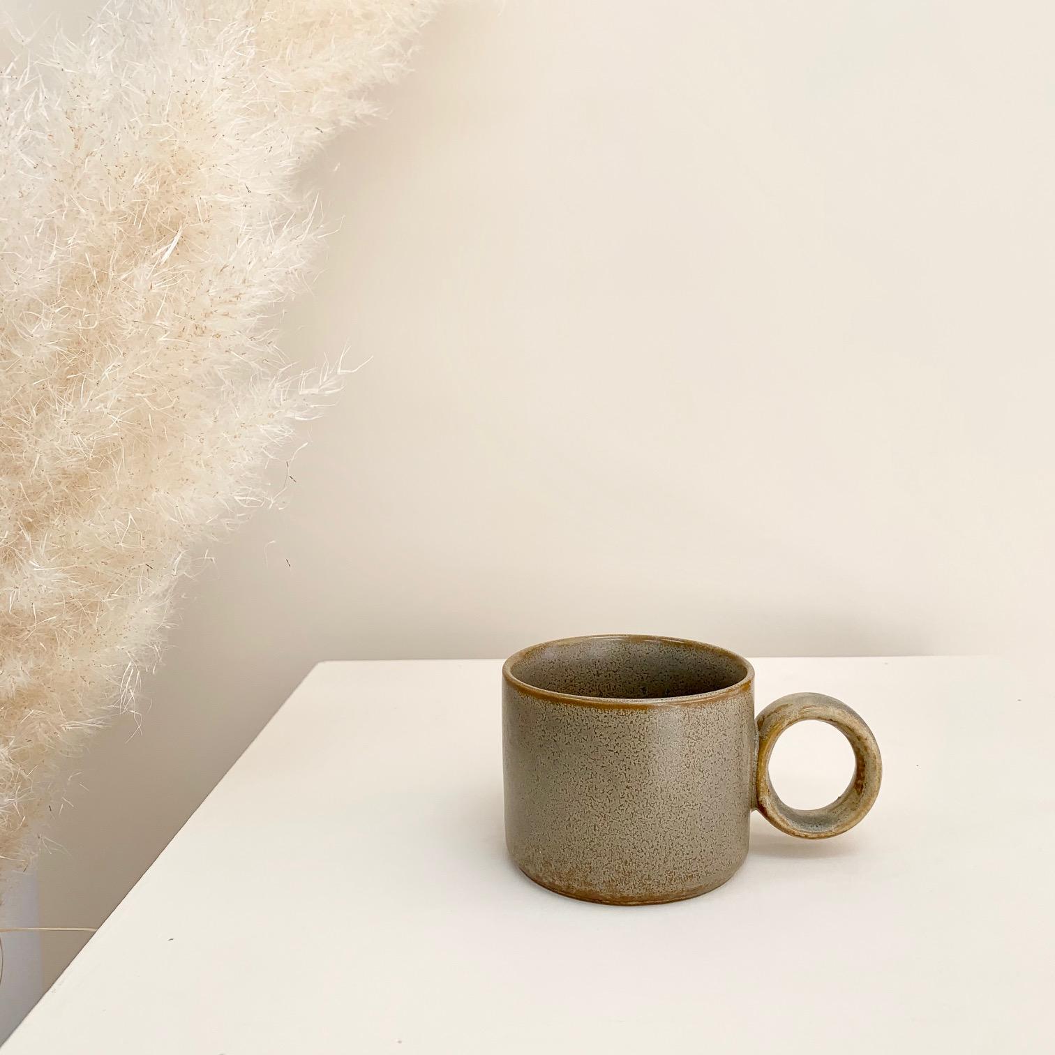 Thea Mug