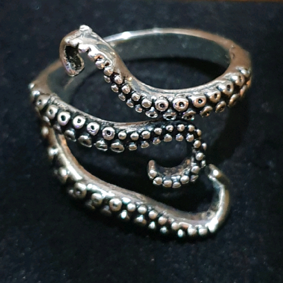 Ring - Octopus Tentacle Design.