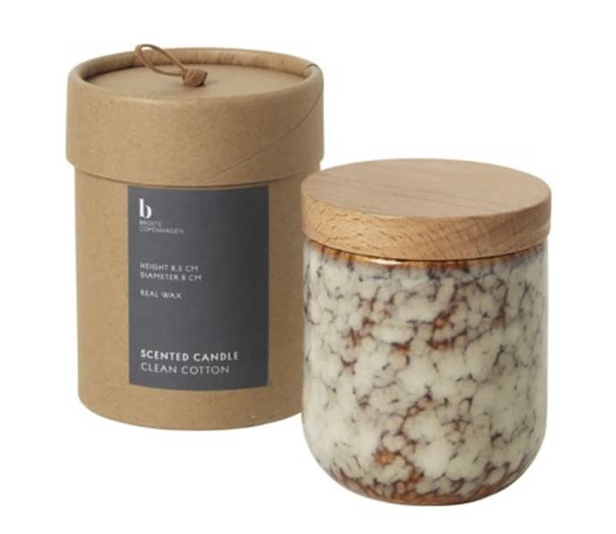Clean Cotton Scented Candle In Ceramic Jar