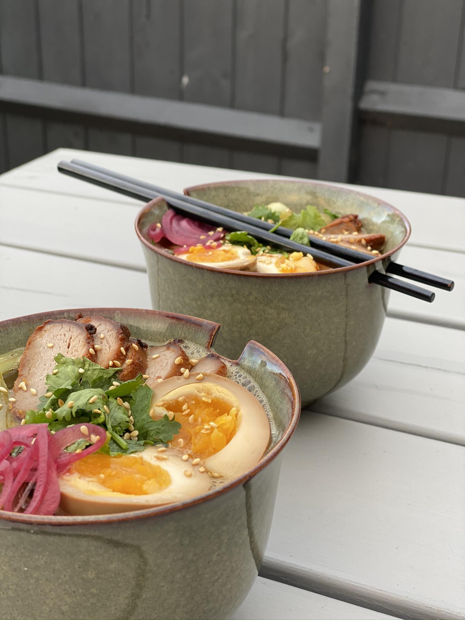 Set of 2 Dakaya Noodle Bowl with Chopstick