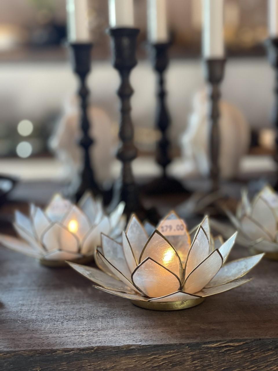 Ljuslykta lotus small