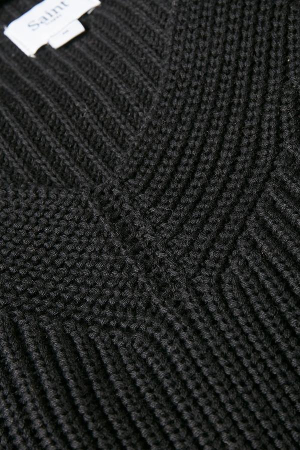 Stickad tröja Caia svart
