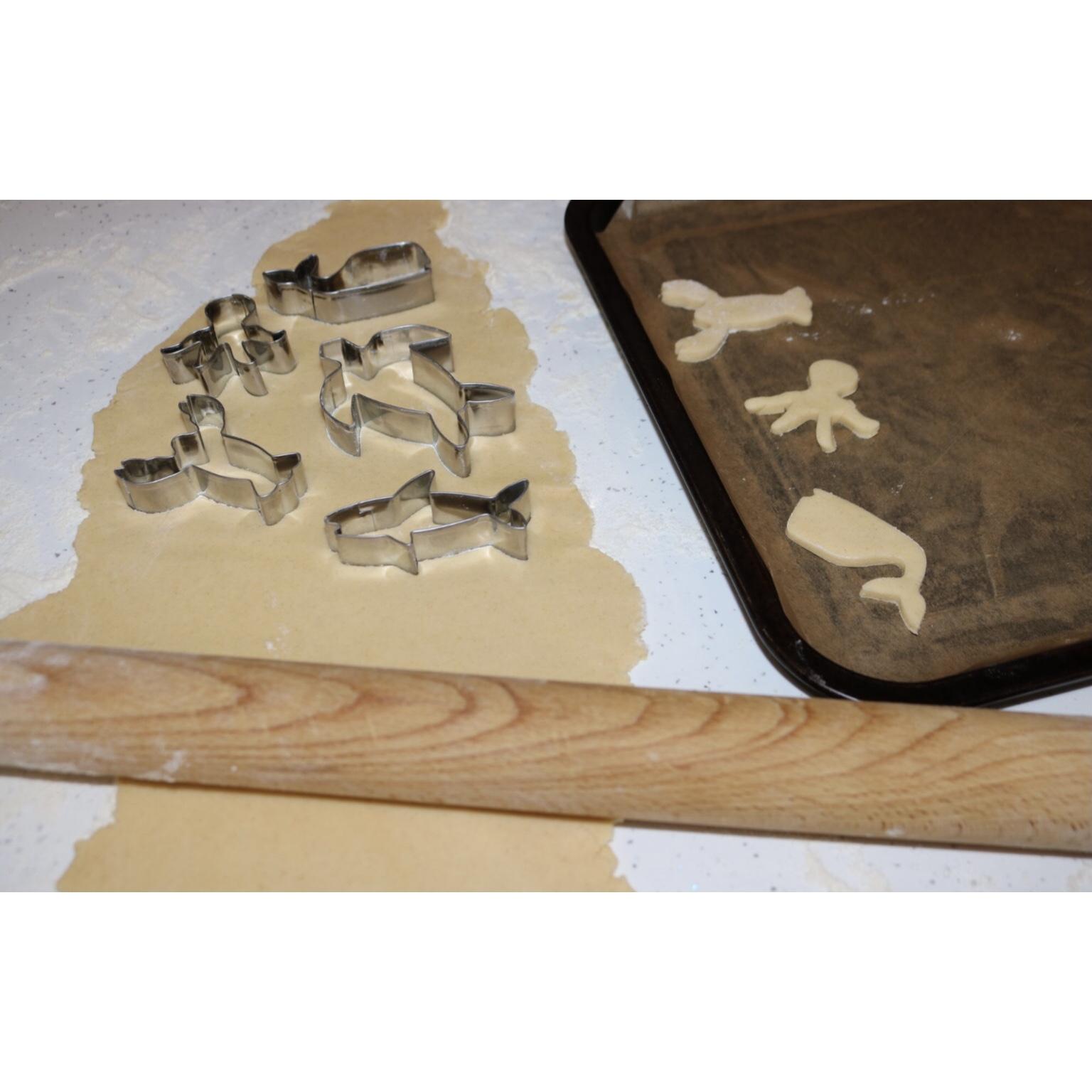 Biscuit Baking Fun Tin