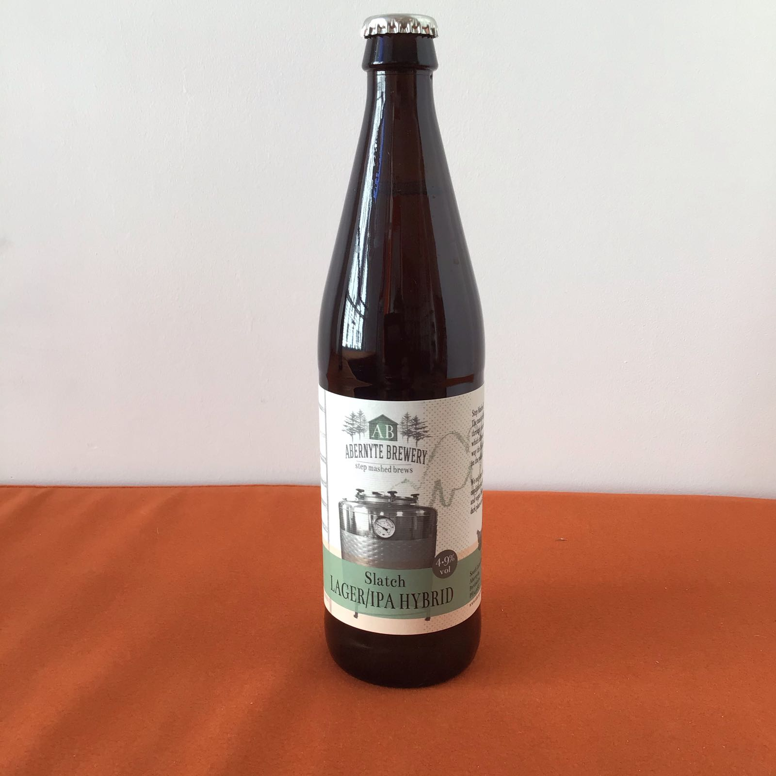 Abernyte Brewery: Slatch(Lager / IPA Hybrid)
