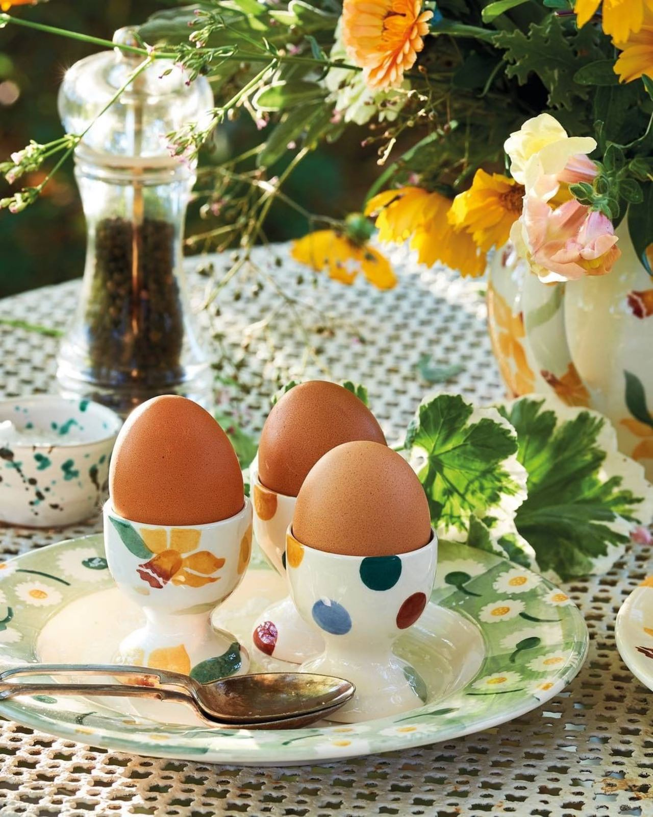 Emma Bridgewater Buttercup Set of 3 Egg Cups Boxed