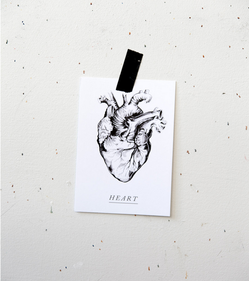 Ainoa Graphic Design: Heart-postikortti