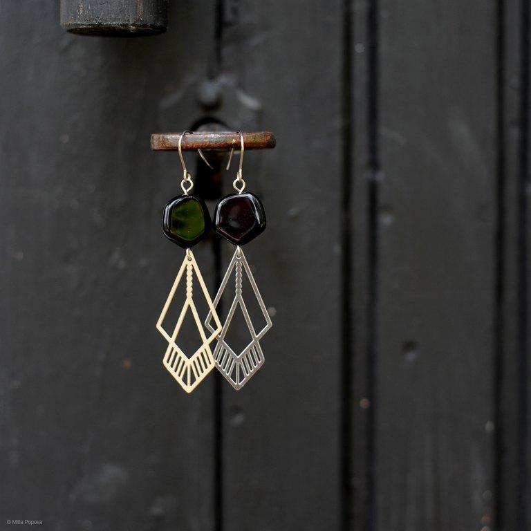Milanka Jewelry: Merilasi-korvikset, musta