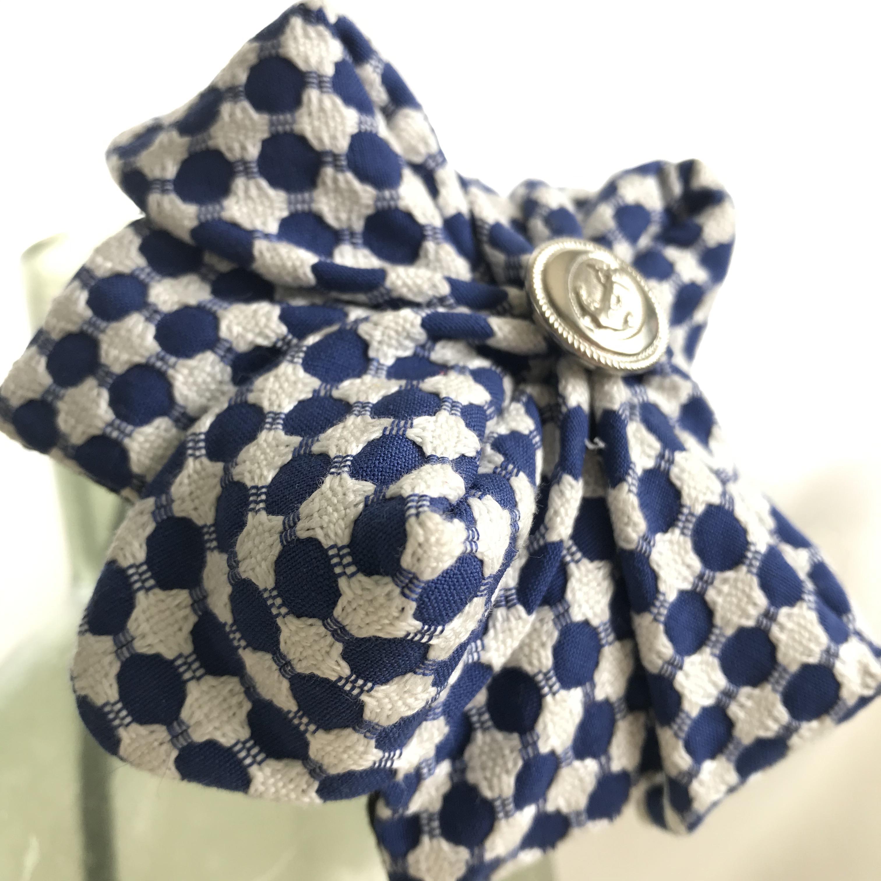 Tyra Therman: Origami-panta, sini-valkoinen, ALE