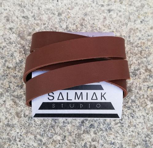 Salmiak Studio: unisex-Nida-rannekoru