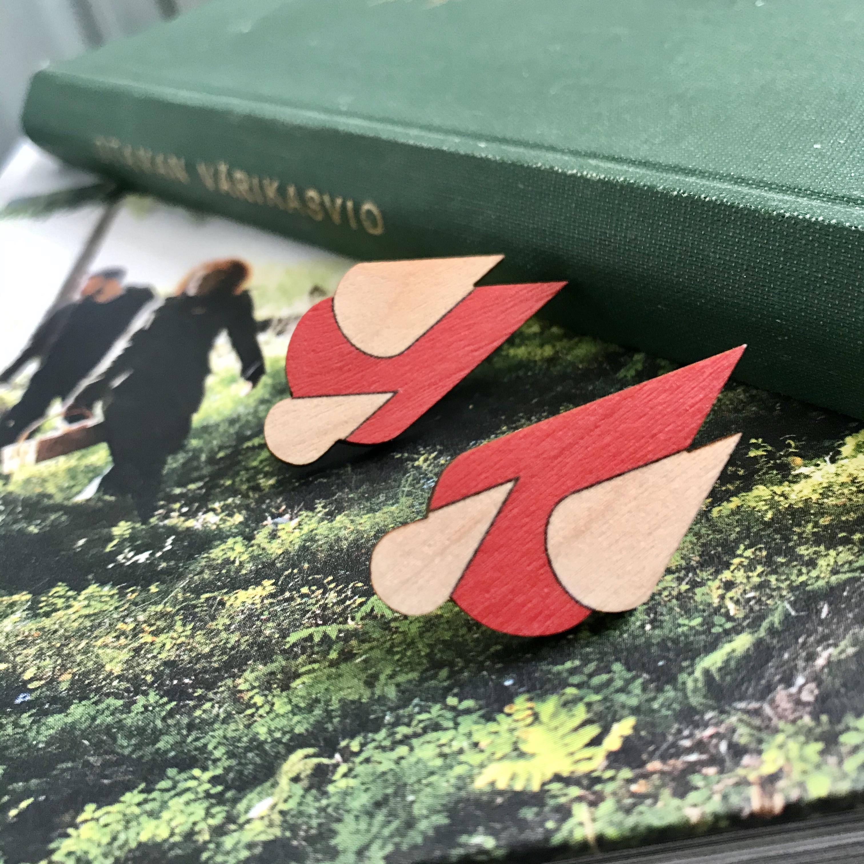 Jatuli: Let it Rain -korvakorut, punainen/puu