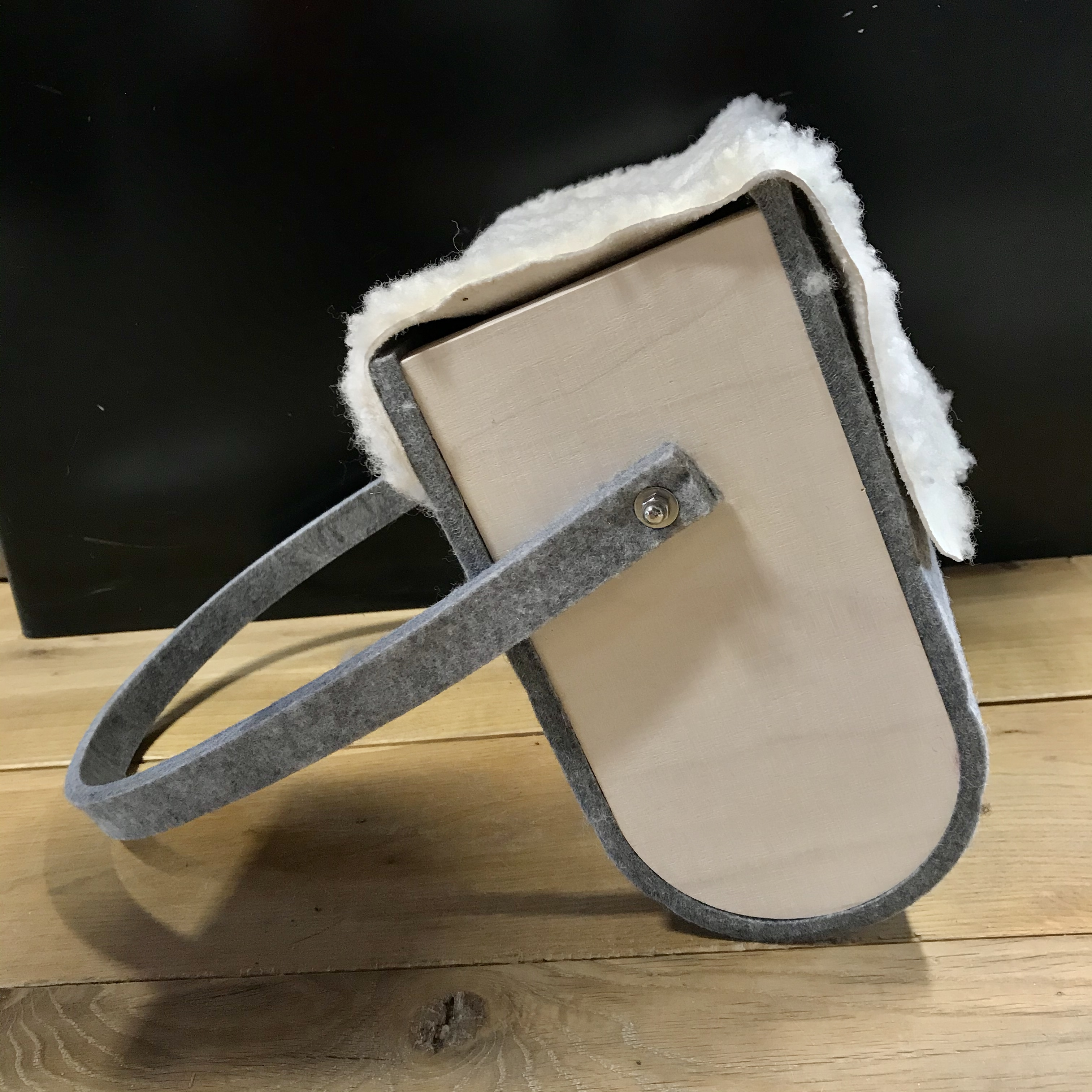 Kehröömä Mustalammas: Fimmia-laukku / -sisustuskoppa