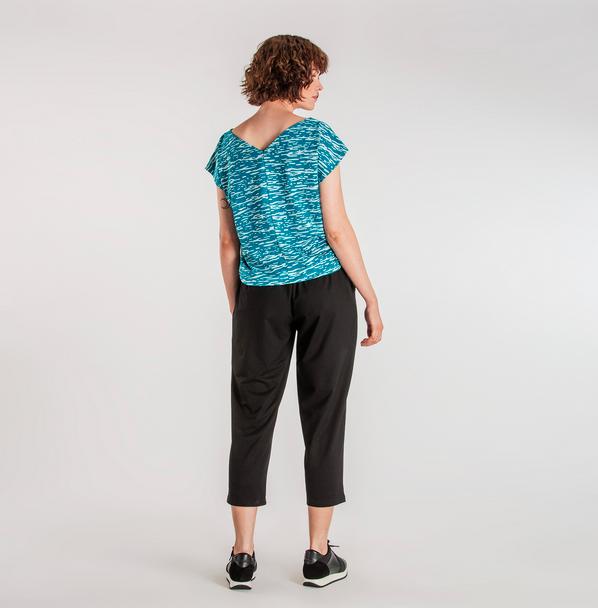 Vietto: V-selkätoppi Liplatus-kuosilla