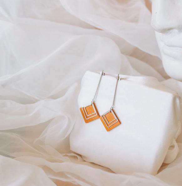 ButoniDesign: Nova-korvakorut, oranssi-hopea