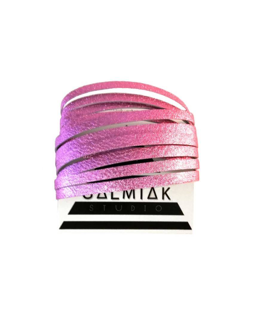 Salmiak Studio: pinkki Nida-rannekoru poronnahasta
