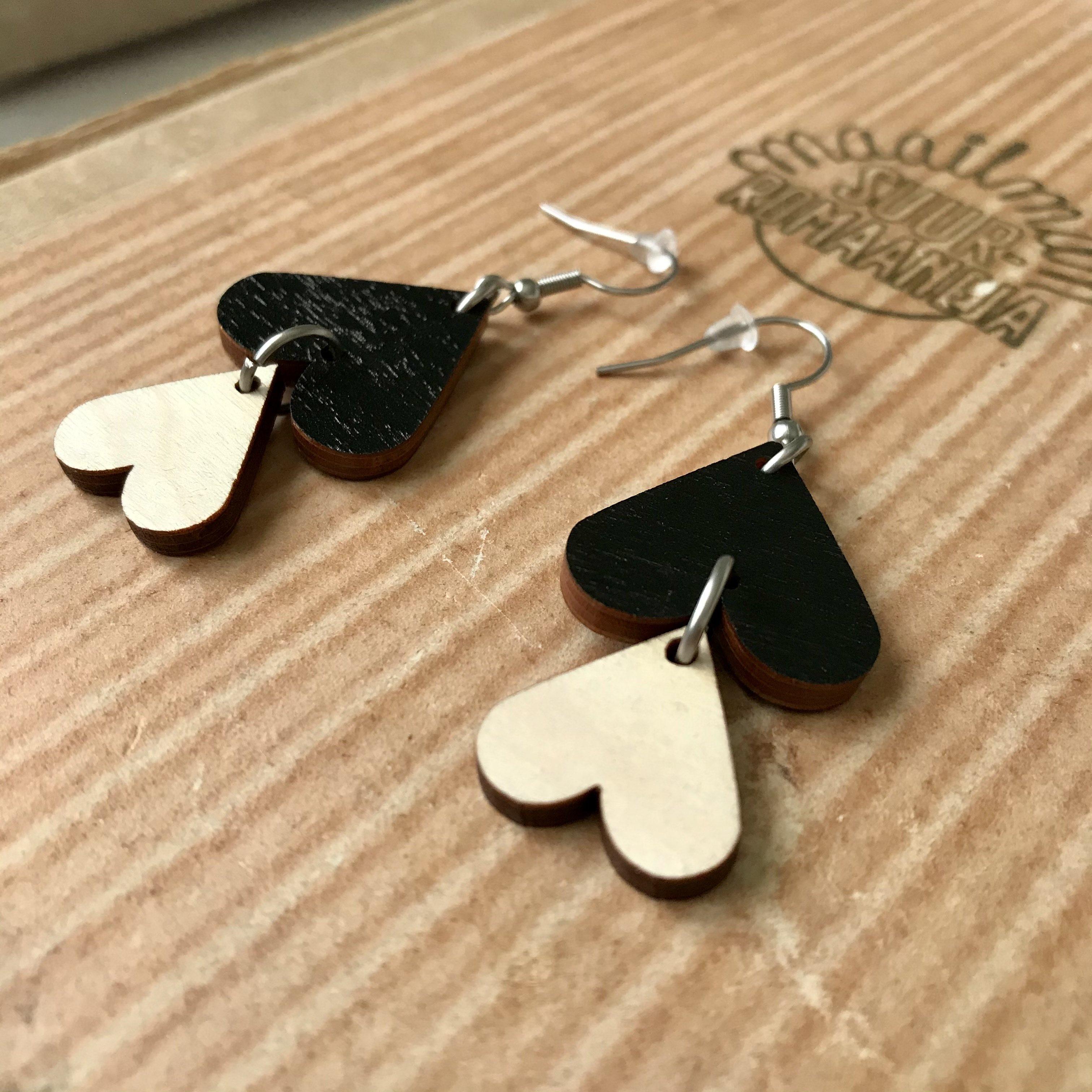Jatuli: Cherie-korvakorut, musta-koivu