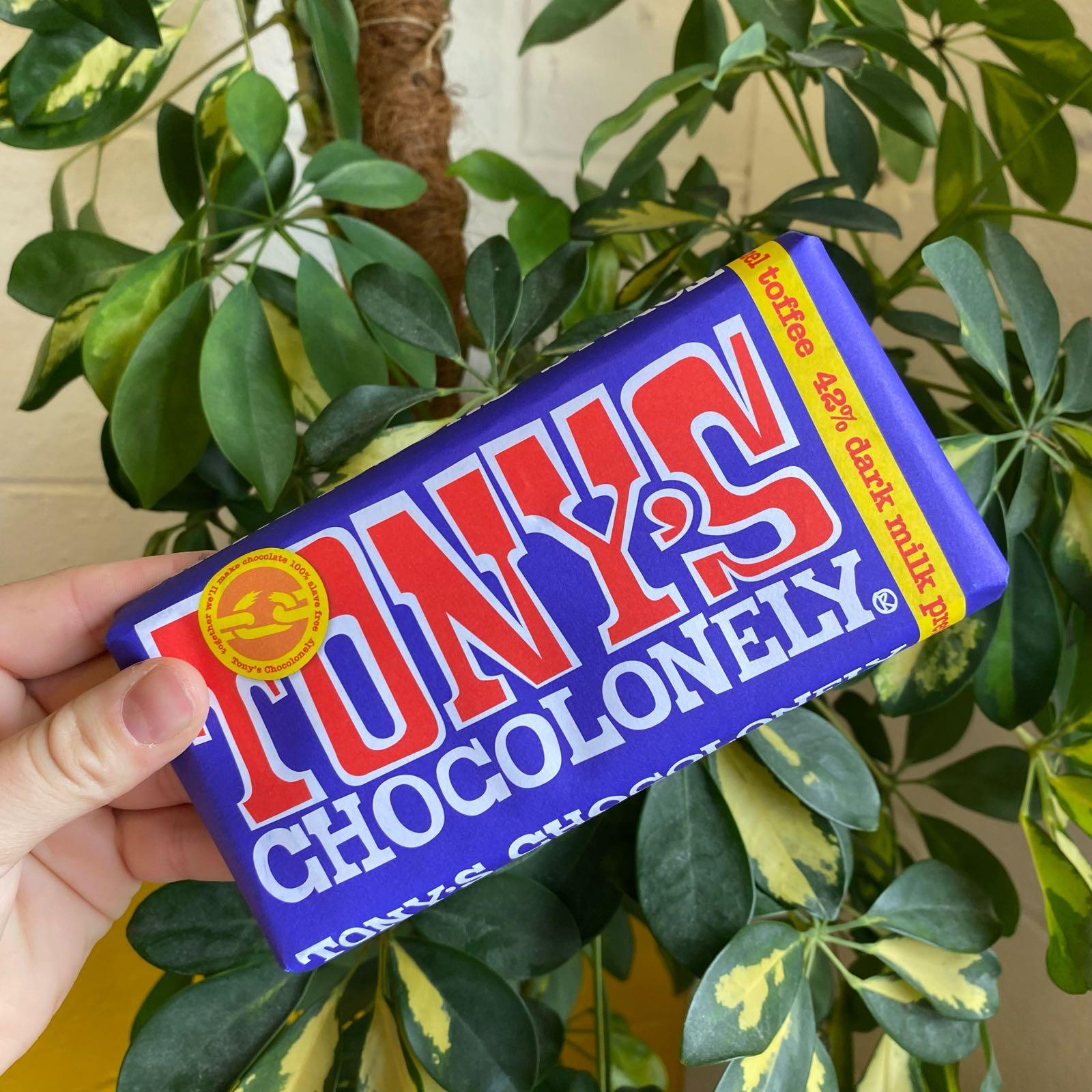 Dark Milk Pretzel Toffee 42% | Tony's Chocolonely