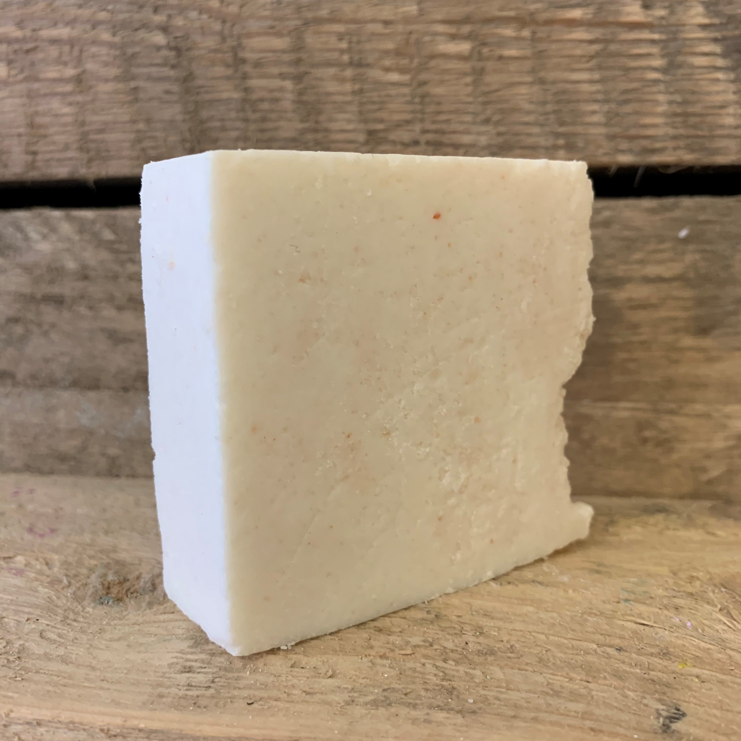 Himalayan Salt Natural Soap Bar - Geranium Bourbon
