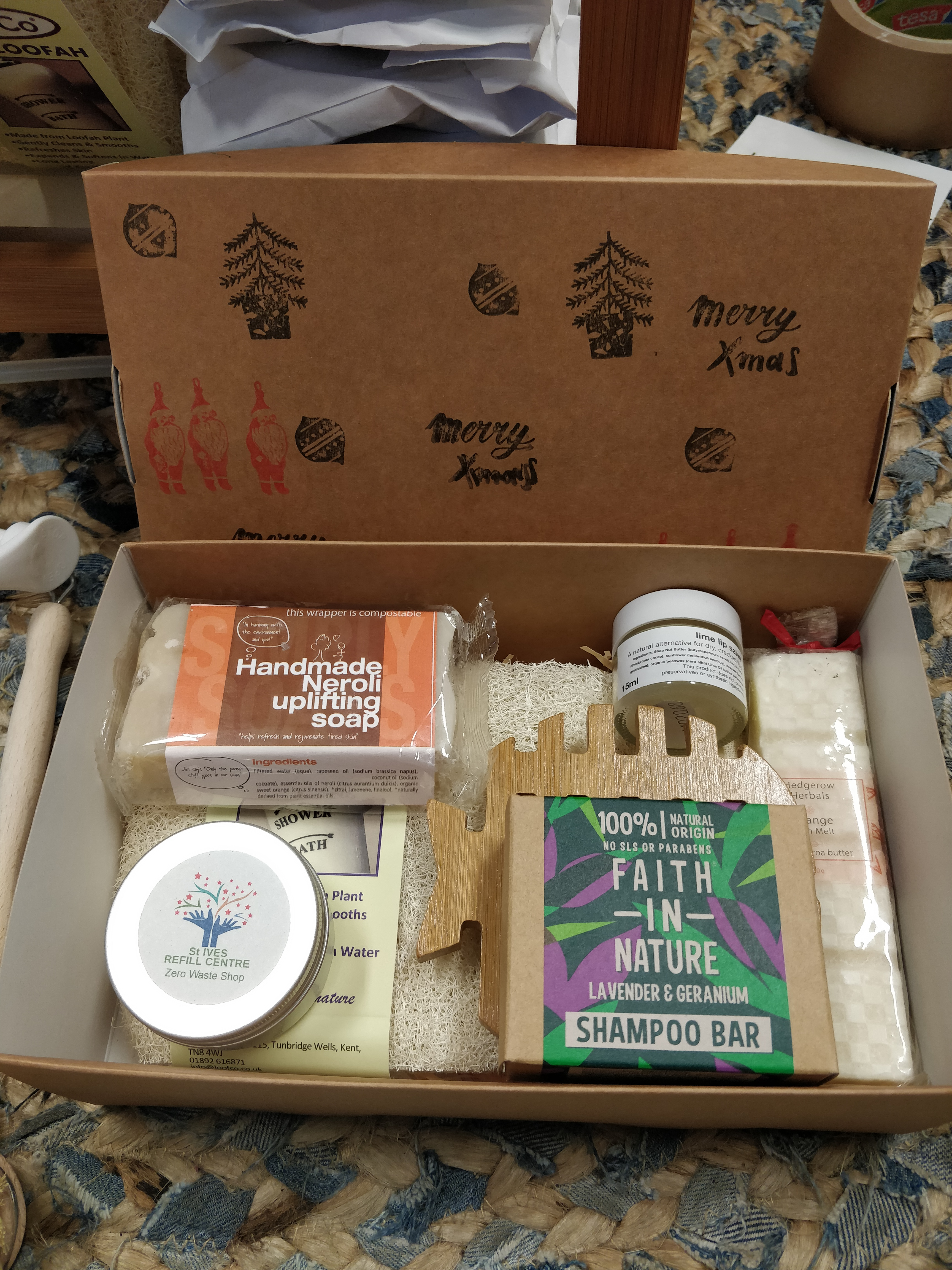 Pamper Gift Box - zero waste eco friendly gifts to pamper someone special