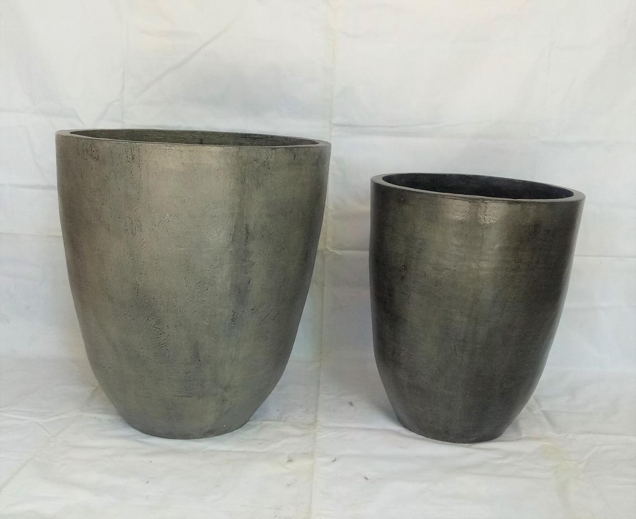 019 grey pots