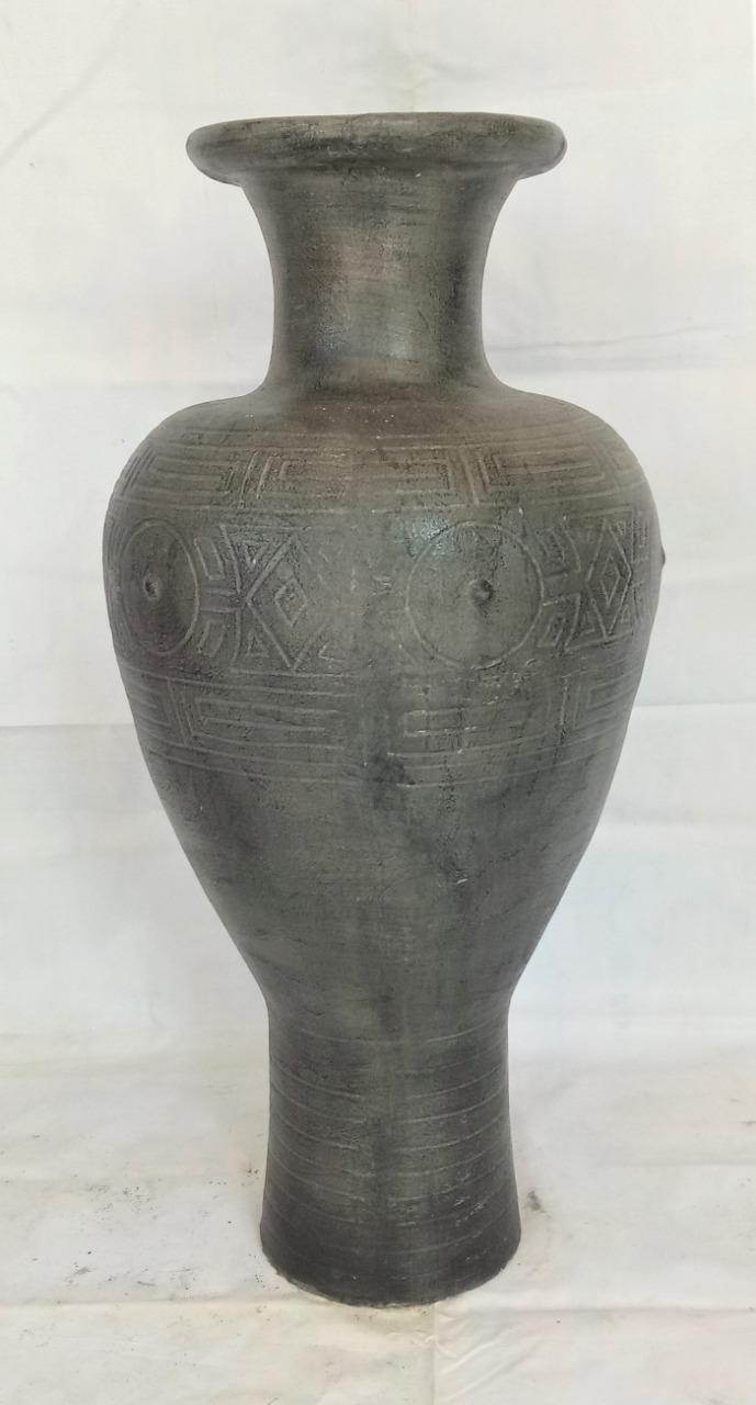 007 Garcia urn