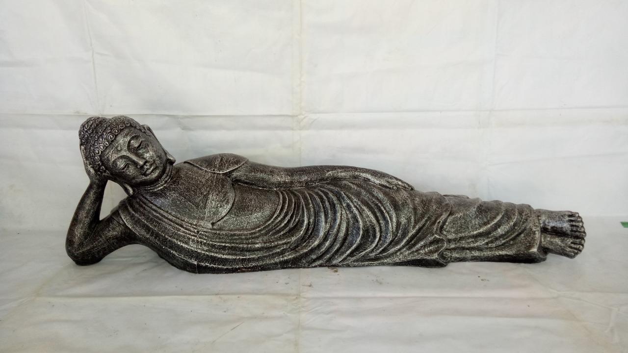 003 Sleeping Buddha statue