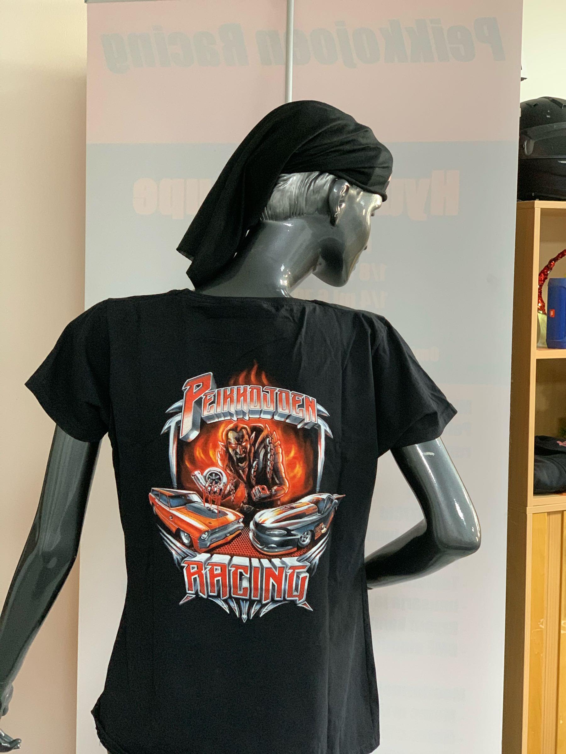 N XL paita selkäpainatuksella