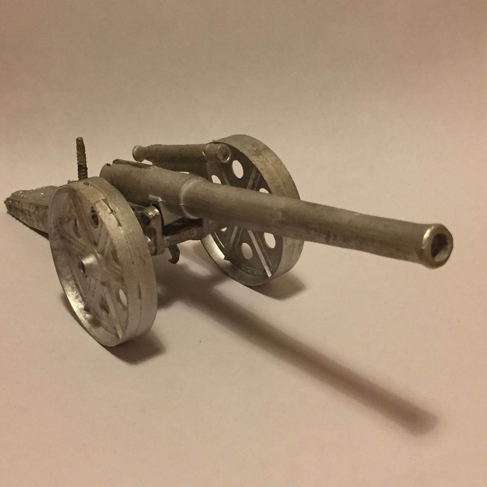 4.7 inch Naval Gun. (1st version).