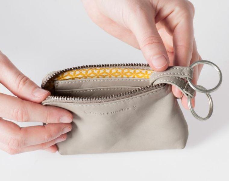 Aunts & Uncles Physalis Ash RFID-suojattu lompakko
