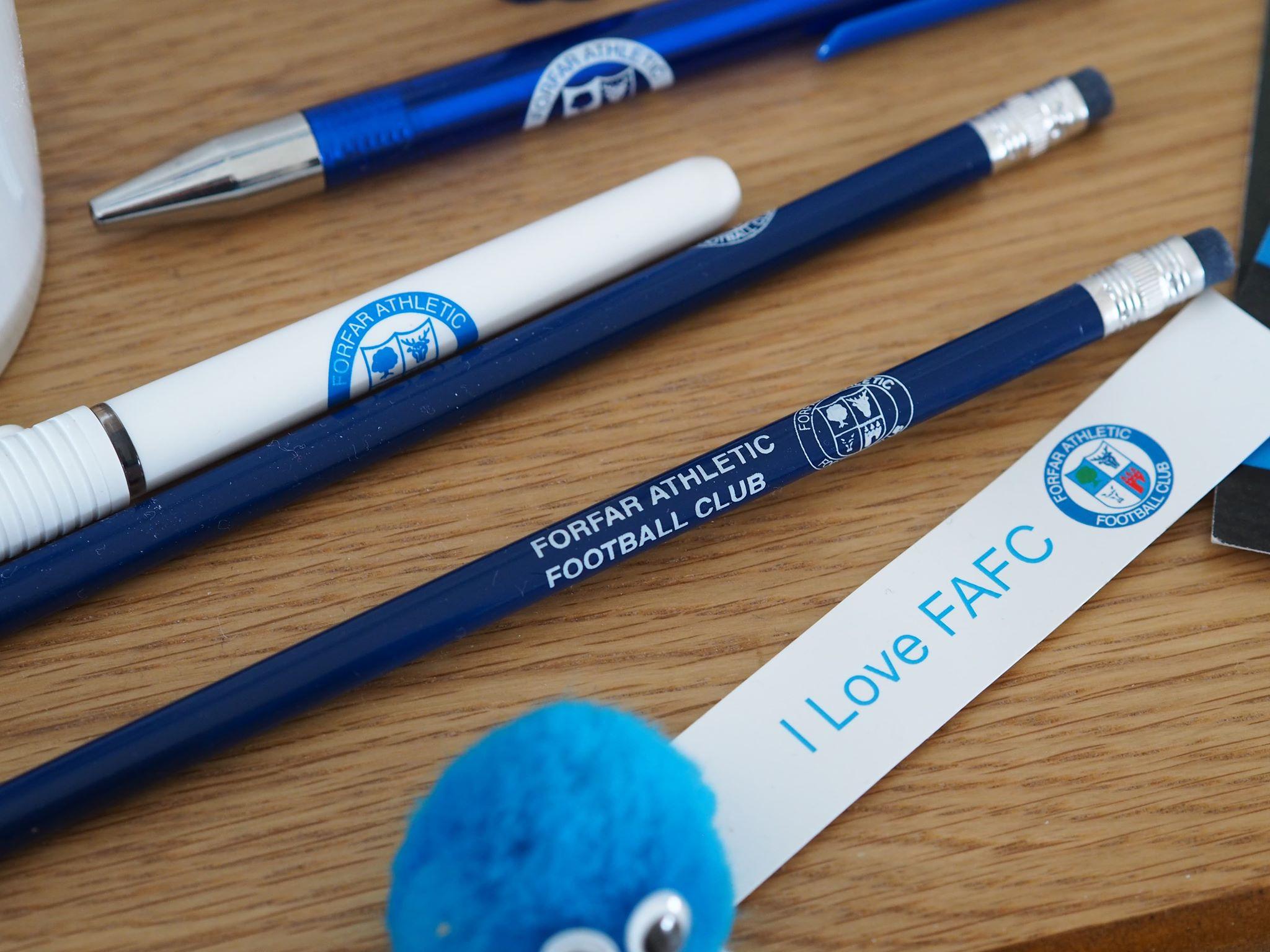 Pens / Pencils - Pen