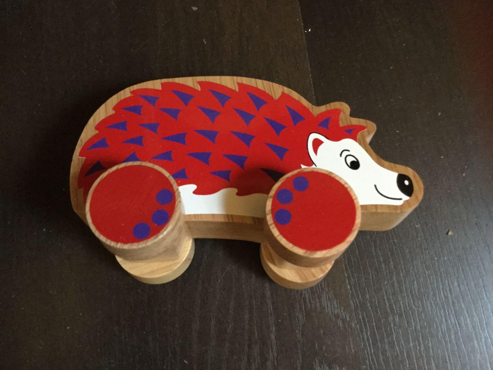 Lanka Kade - Push along - Hedgehog