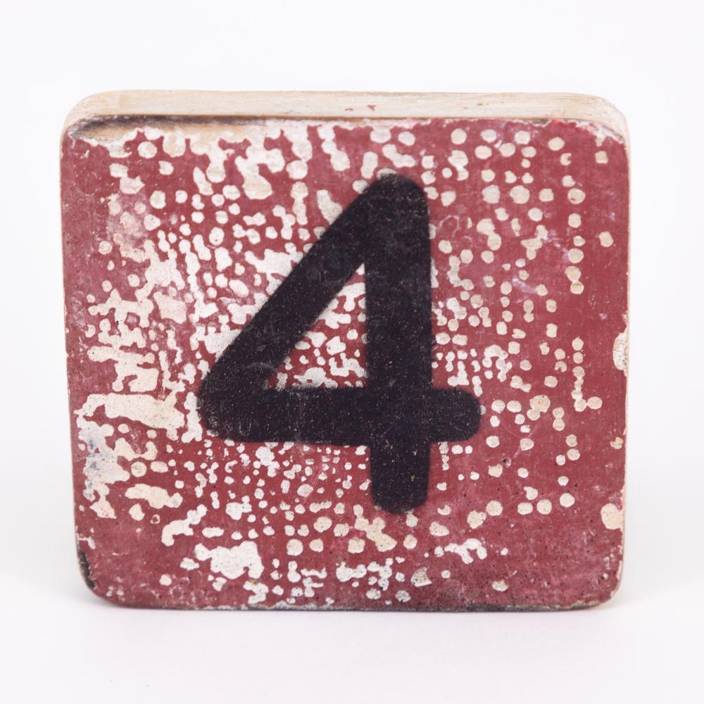 Holzzahl - 4 - im Scrabble-Style