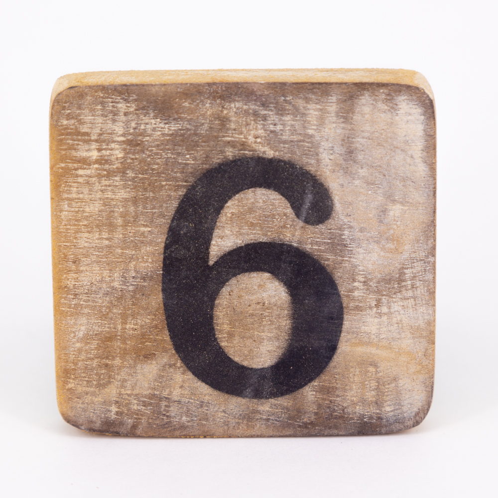 Holzzahl - 6 - im Scrabble-Style
