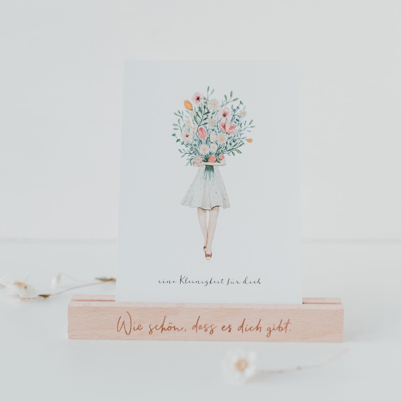 """Postkartenständer aus Holz - """"Wie schön dass es Dich gibt"""" - 15 cm - Eulenschnitt"""
