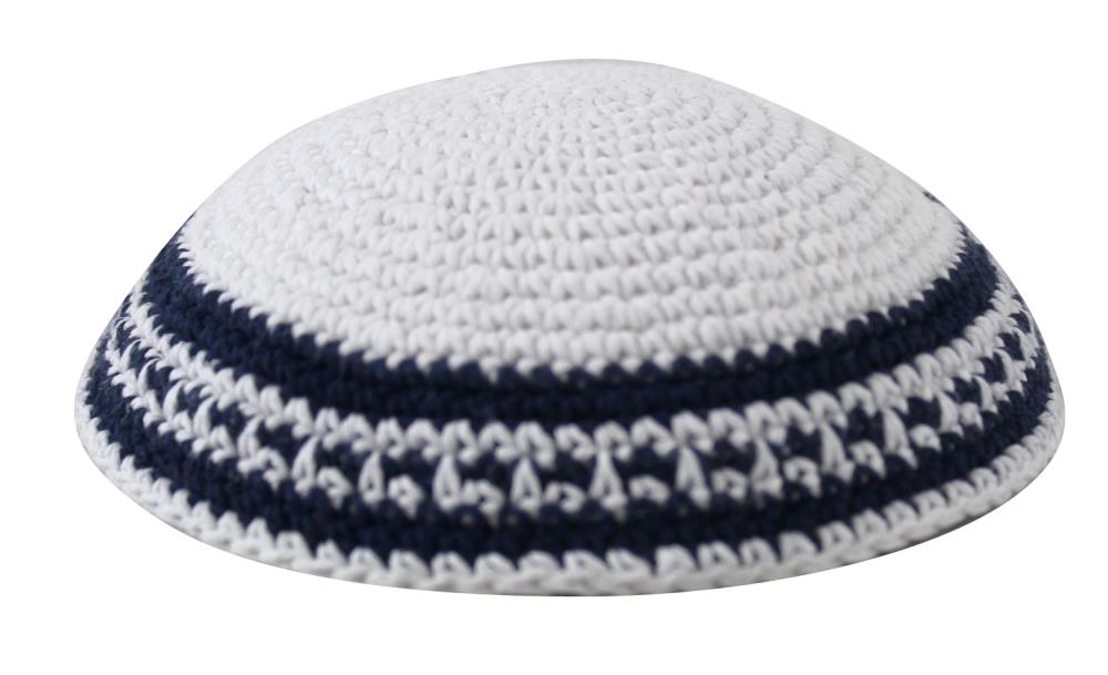 Kippa, knitted, white