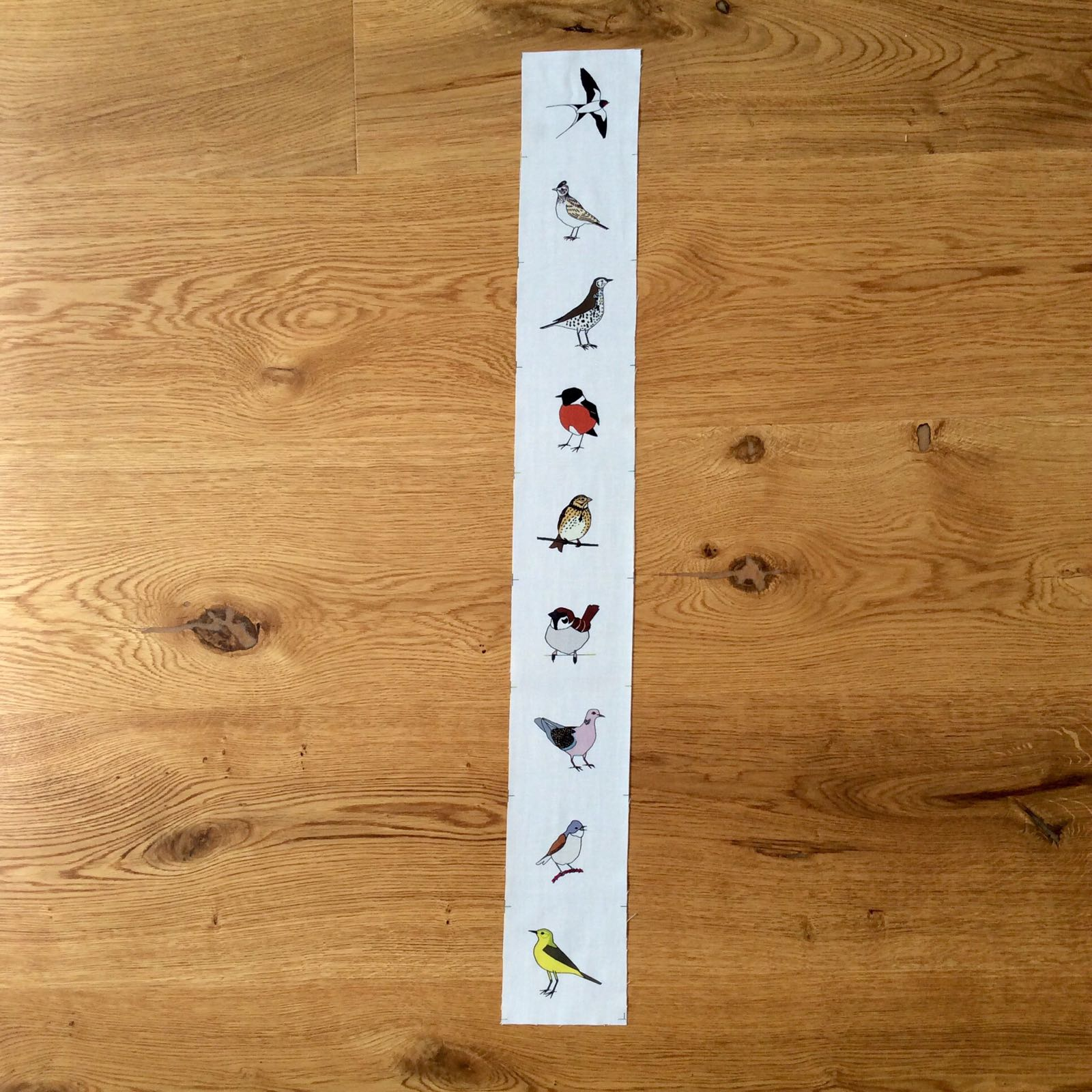 9 Summer meadow birds fabric strip