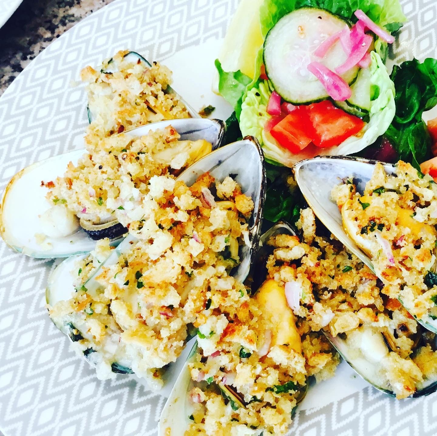 Green lip Mussels with parsley lemon and garlic crumb