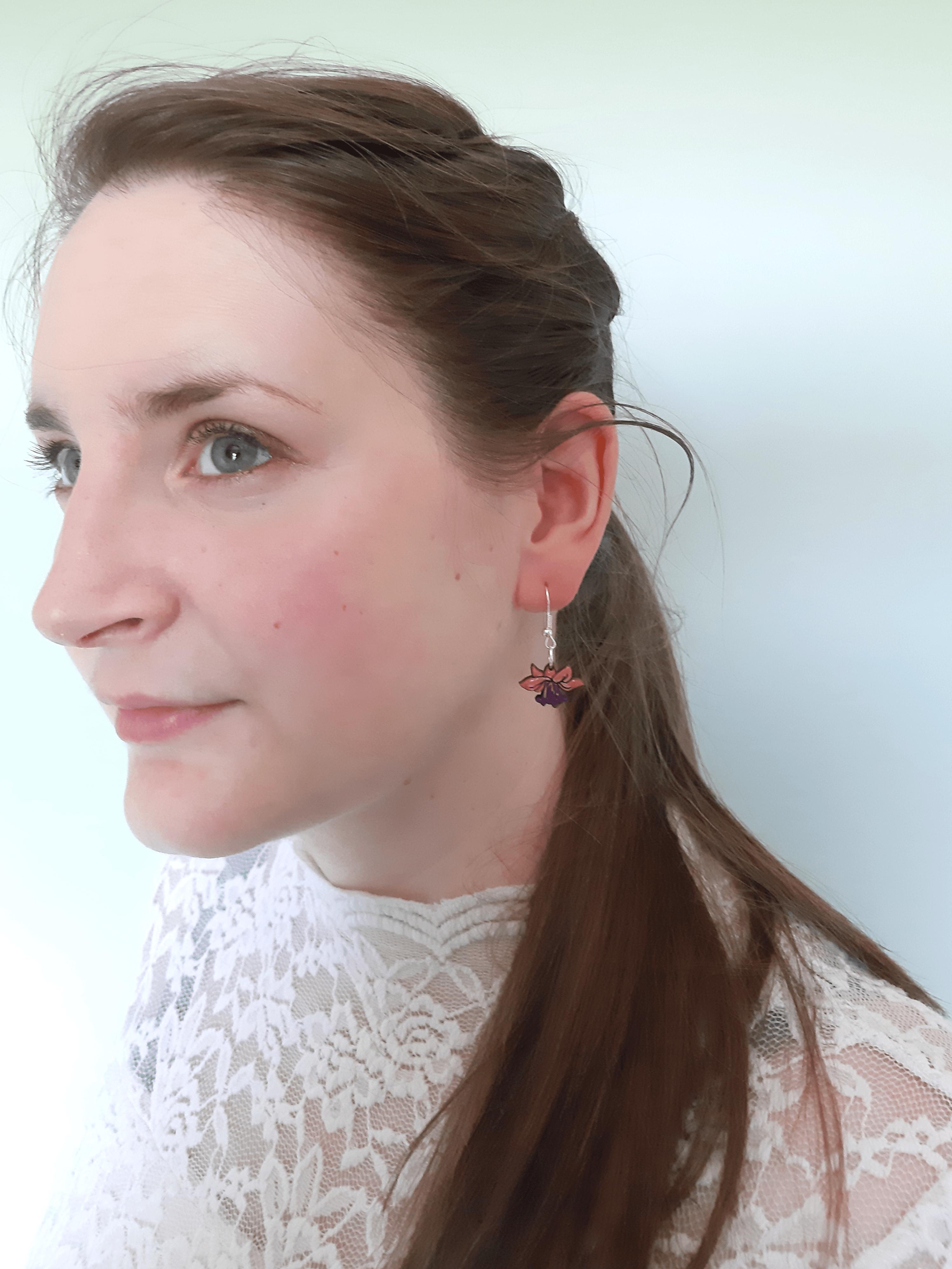 Fuchsia - Drop Earring