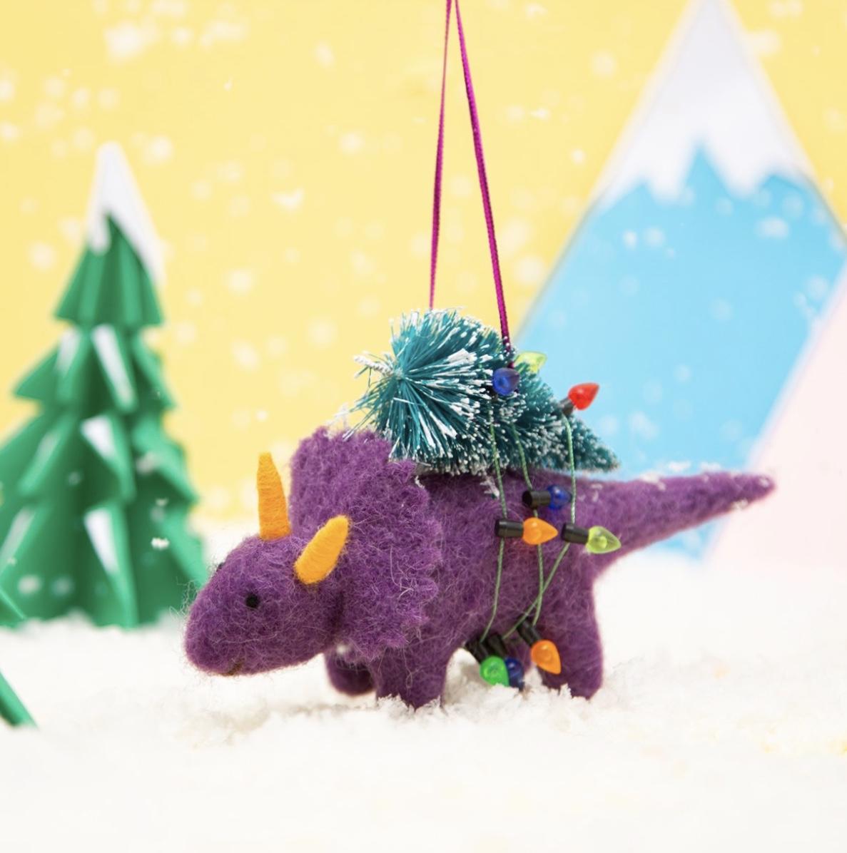 Dino with tree & lights
