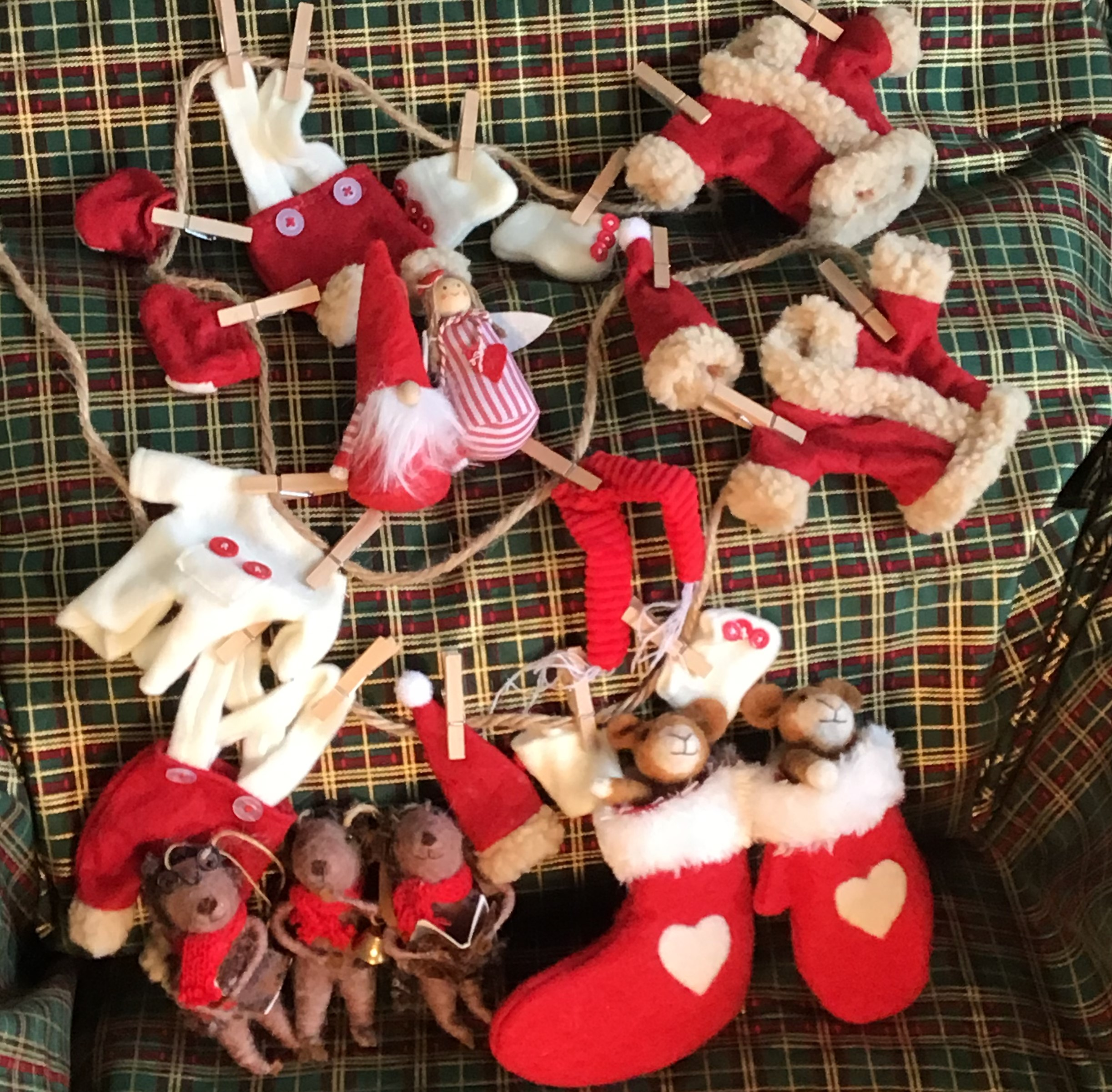 Christmas in a Box - Felted Fun