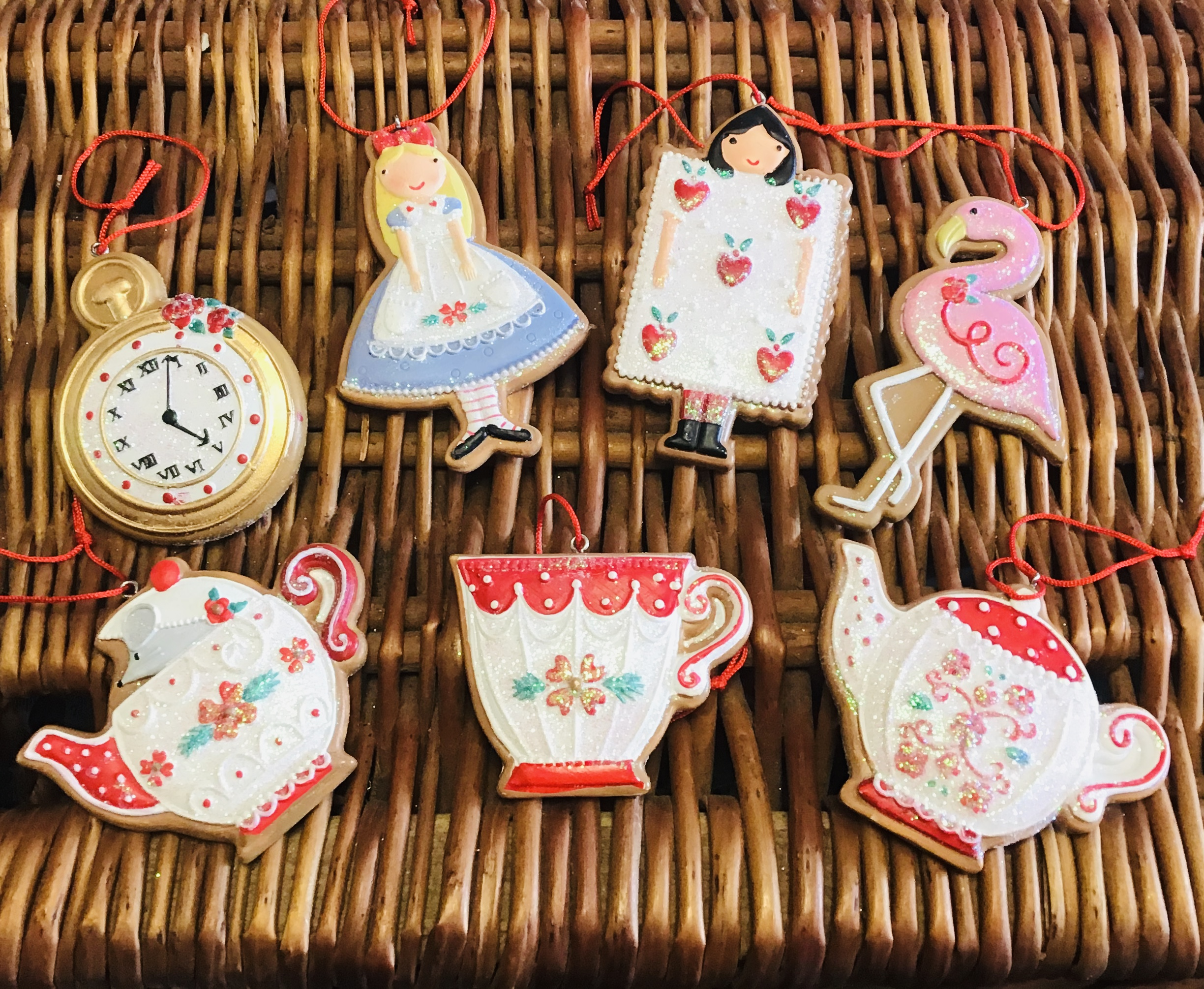 Alice set of gingerbreads