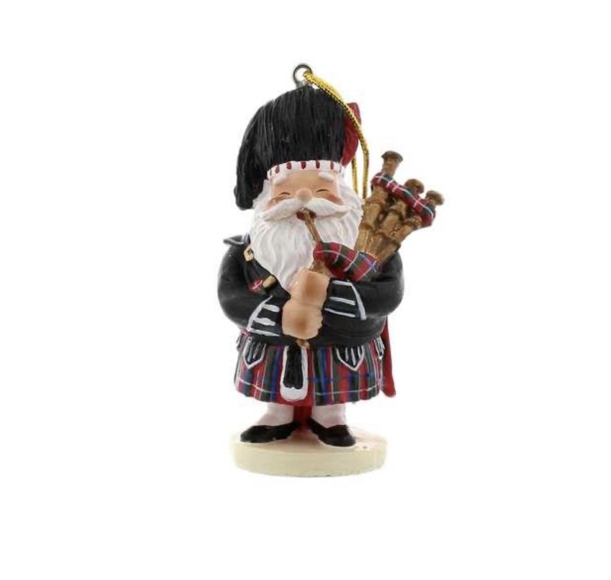 Scottish Santa Piper resin