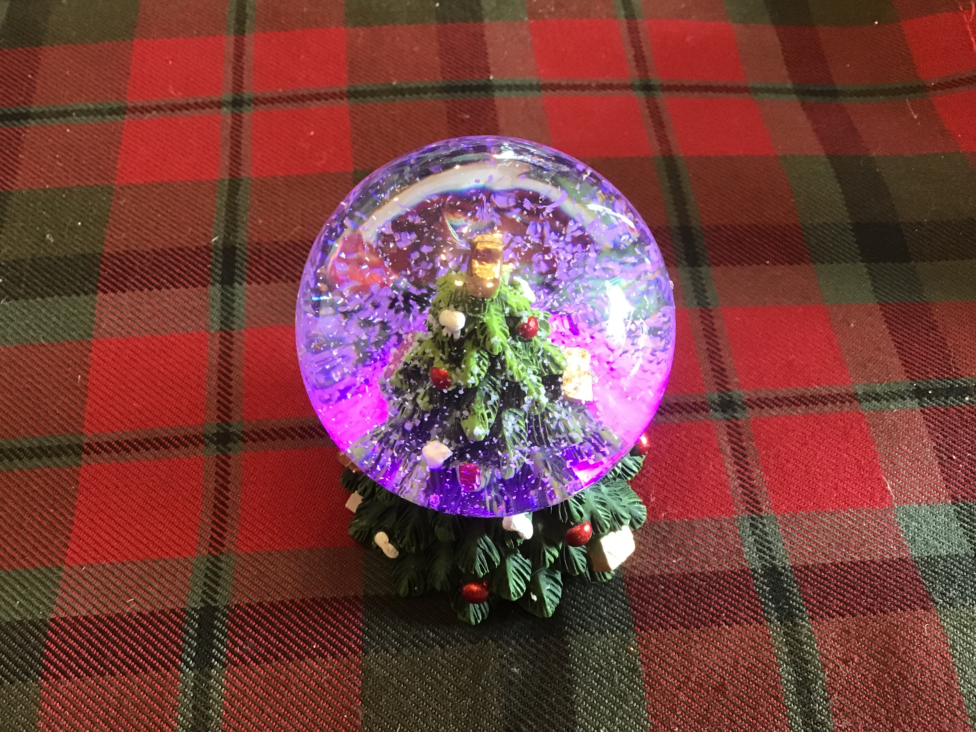 Led Tree Snowglobe